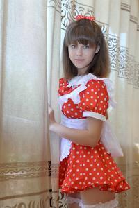 http://img208.imagevenue.com/loc191/th_105002633_tduid300163_Silver_Sandrinya_maid_1_037_122_191lo.JPG