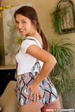 Ariana Grand - Flixxx The Tutor b3wd1shz26.jpg