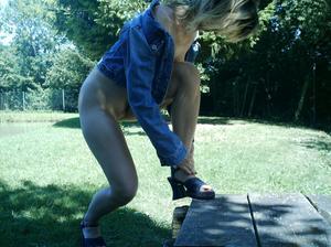 http://img208.imagevenue.com/loc76/th_107752926_Sensual_saggy_Nina_gets_horny_when_flashing_in_nature_3_15_123_76lo.jpeg